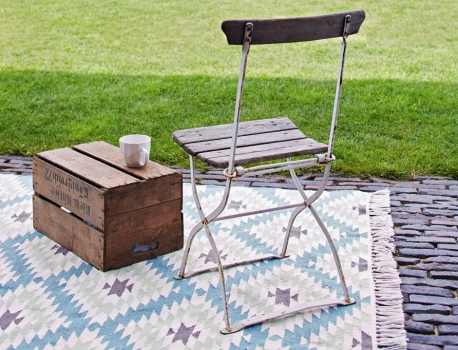 mein garten mit sch nen brunnen gartenh usern outdoor. Black Bedroom Furniture Sets. Home Design Ideas